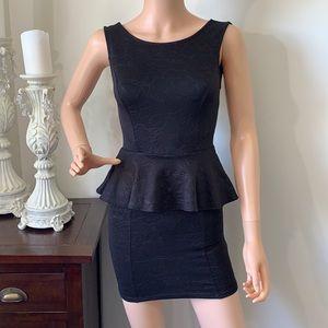🌻3/20 UK2LA cute little black dress